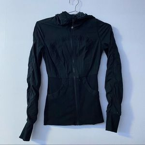 Lululemon black cinch zip up sweatshirt